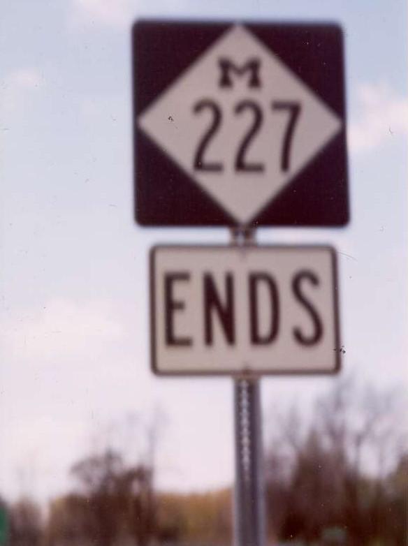 m227-s.jpg